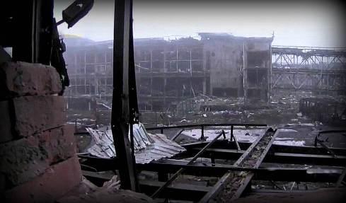Ruined-Donetsk-international-airport-photo-by-Evelin-Pietza